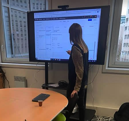 interaction sur ecran interactif unge