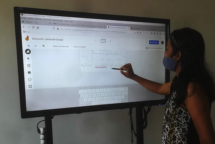 Jamboard Google sur un écran interactif